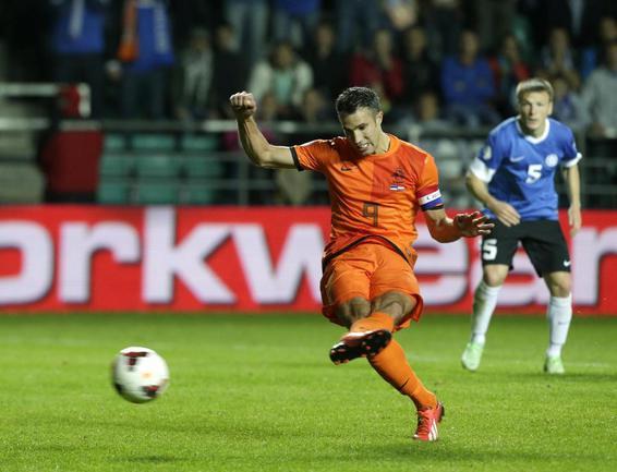 Нападающий сборной Голландии Робин ВАН ПЕРСИ. Фото REUTERS Фото Reuters