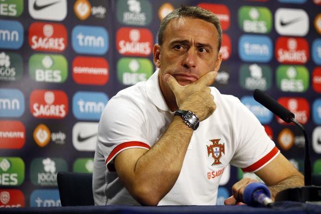 Главный тренер сборной Португалии Паулу БЕНТУ. Фото REUTERS Фото Reuters
