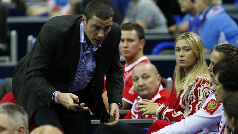 """Марат САФИН (слева) и Мария ШАРАПОВА (на заднем плане. Фото Алексей ИВАНОВ, """"СЭ"""""""