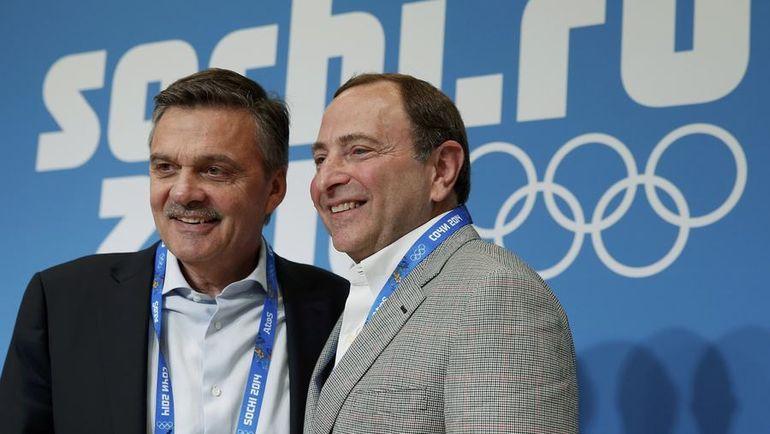Президент ИИХФ Рене ФАЗЕЛЬ (слева) и комиссар НХЛ Гэри Беттмэн. Фото AFP
