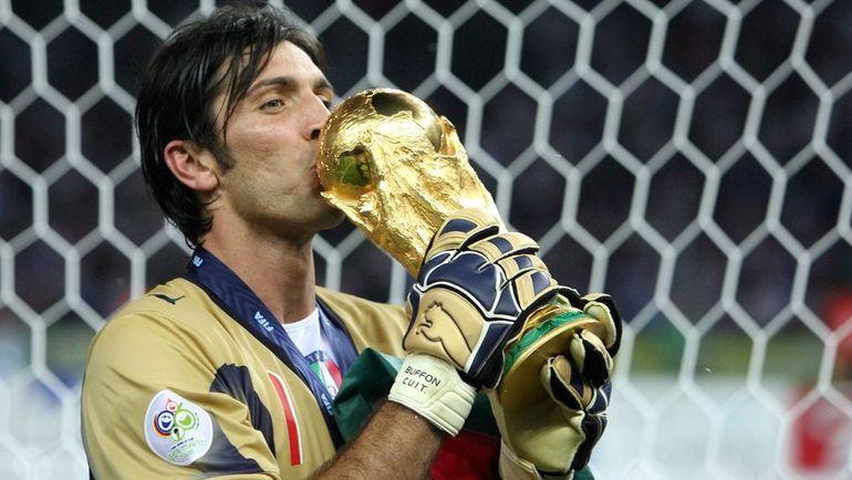 9 июля 2006 года. Берлин. Италия - Франция - 1:1. Пенальти - 5:3. Джанлуиджи БУФФОН - чемпион мира. Фото AFP
