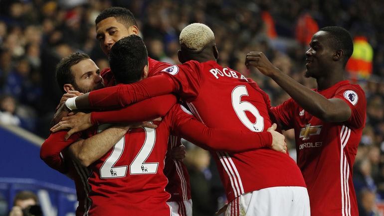 "Сегодня. Лестер. ""Лестер"" - ""Манчестер Юнайтед"" - 0:3. Гости празднут победу."