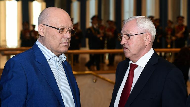 Владимир ПЕТРОВ (слева) и Борис МИХАЙЛОВ. Фото Владимир БЕЗЗУБОВ, photo.khl.ru