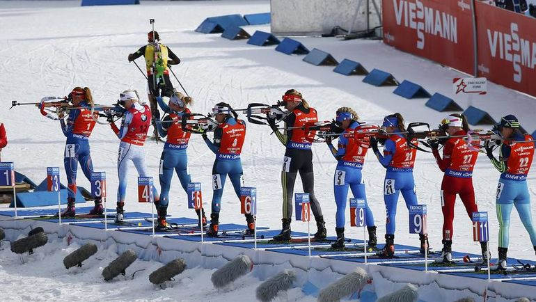 Сегодня. Хохфильцен. Лаура ДАЛЬМАЙЕР убегает за золотом. Но у гонки были и другие героини. Фото Reuters