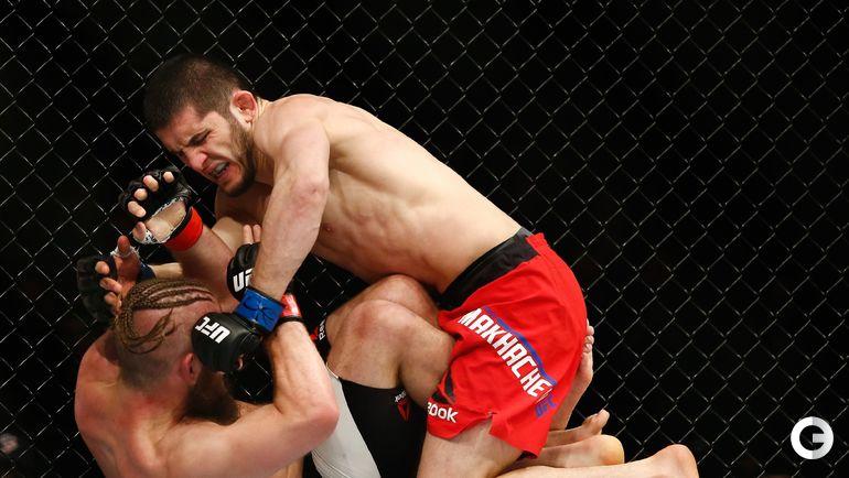 Сегодня. Бруклин.Турнир UFC 208. Поединок Ислама МАХАЧЕВА и Ника ЛЕНЦА.