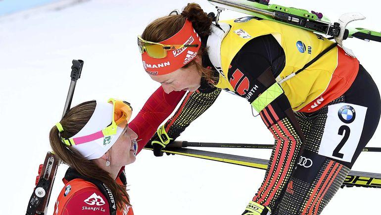Сегодня. Хохфильцен. Дарья ДОМРАЧЕВА и Лаура ДАЛЬМАЙЕР. Фото Reuters