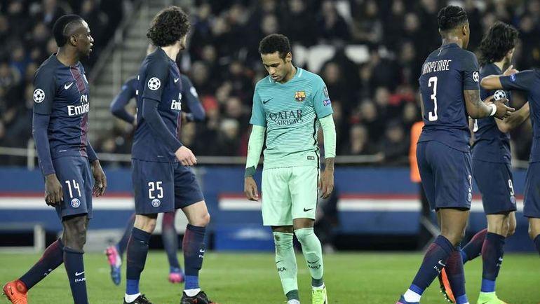 Теперь каталонцам предстоит невозможное - четыре мяча в плей-офф Лиги чемпионов еще никто не отыгрывал. Фото AFP