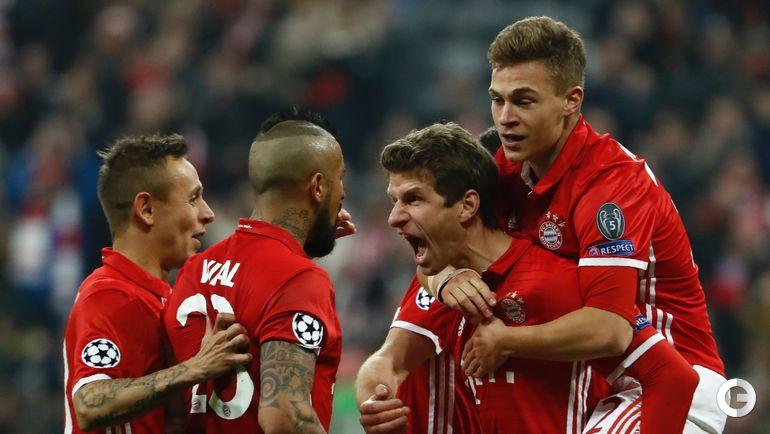 """Среда. Мюнхен. """"Бавария"""" – """"Арсенал"""" – 5:1. Игроки """"Баварии"""" празднуют гол."""