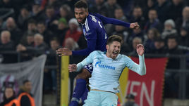 """Четверг. Брюссель. """"Андерлехт"""" - """"Зенит"""" - 2:0. Сине-бело-голубые неожиданно провалились в Бельгии."""
