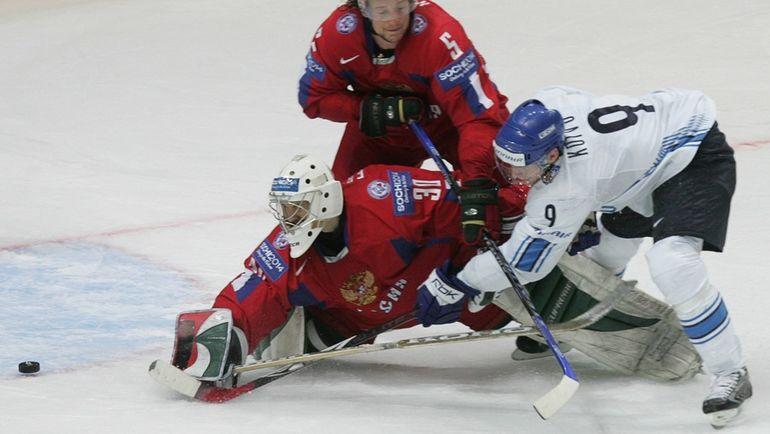 2007 год. Микко КОЙВУ проводит победный выпад в овертайме полуфинала ЧМ-2007 с Россией в Москве. Фото Reuters
