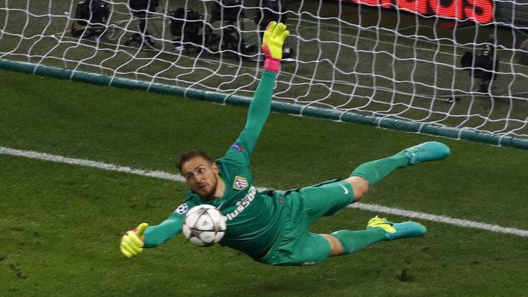 """Вратарь """"Атлетико"""" Ян ОБЛАК. Фото AFP"""