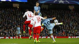 "Вчера. Манчестер. ""Манчестер Сити"" - ""Монако"" - 5:3. 71-я минута. Серхио АГУЭРО во второй раз сравнивает счет."