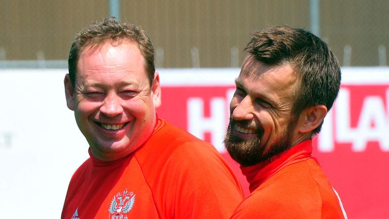 Сергей СЕМАК (справа) и Леонид СЛУЦКИЙ. Фото Александр ФЕДОРОВ, «СЭ»