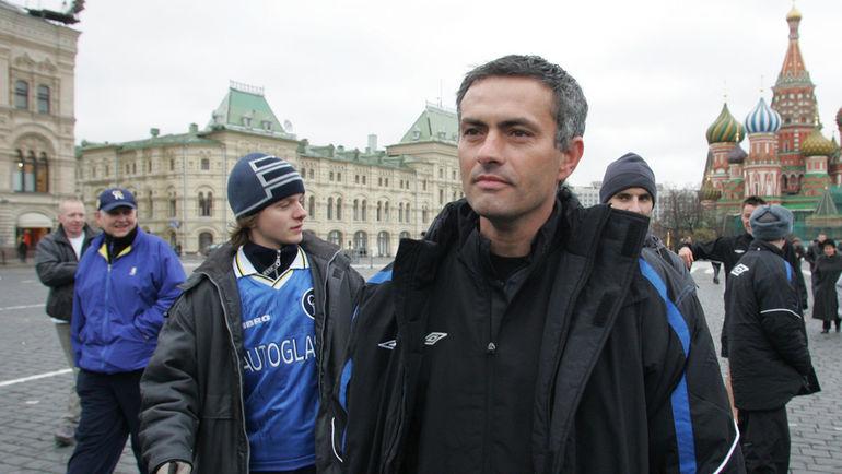 1 ноября 2004 года. Москва. Жозе МОУРИНЬЮ на Красной площади.