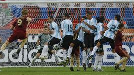 12 августа 2009 года. Москва. Россия - Аргентина - 2:3. Гол Романа ПАВЛЮЧЕНКО (№9).