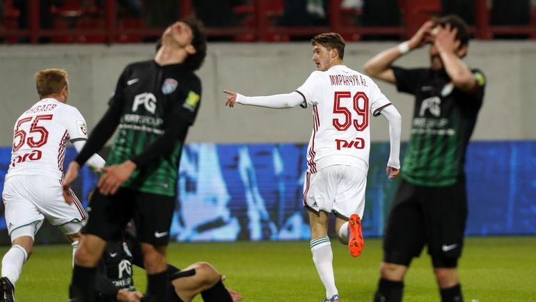 Только что Алексей МИРАНЧУК (№58) забил победный гол. Фото Алексей ИВАНОВ, «СЭ»