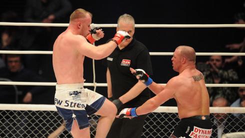 Когда соперник не удивил: Шлеменко победил Брэдли