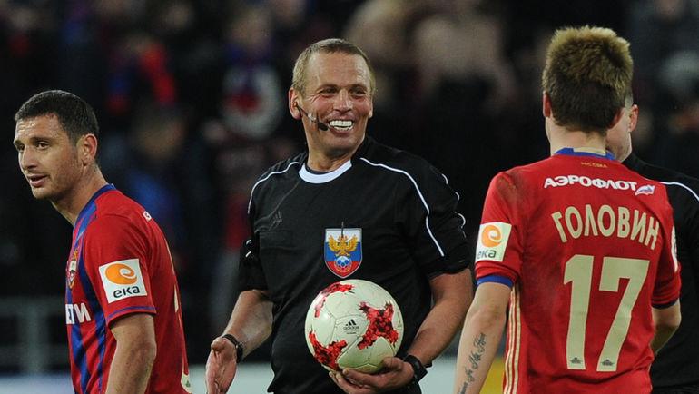 Арбитр Александр ЕГОРОВ после матча. Фото Александр ФЕДРОРОВ, «СЭ»