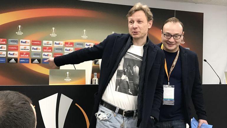 Валерий КАРПИН (слева). Фото Александр ВИШНЕВСКИЙ, «СЭ»