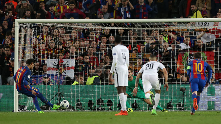 90+1-я минута. НЕЙМАР забивает пенальти. Фото Reuters