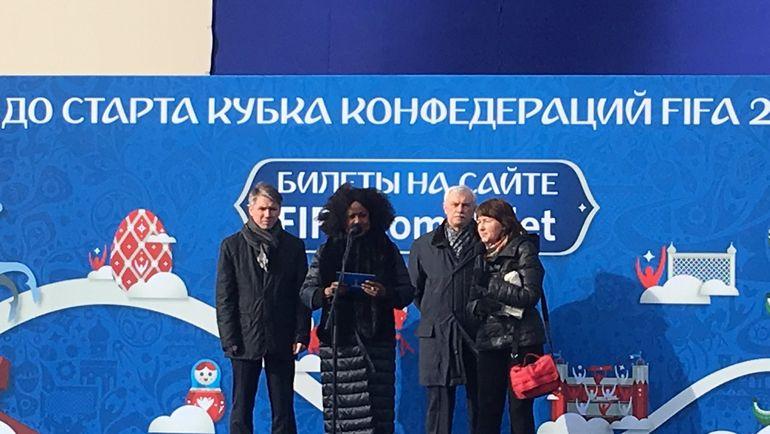 Четверг. Санкт-Петербург. Алексей СОРОКИН (слева), Фатма САМУРА (в центре) и Георгий ПОЛТАВЧЕНКО (второй справа). Фото Гоша ЧЕРНОВ, «СЭ»