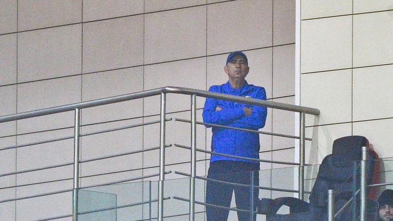 Теперь Курбан БЕРДЫЕВ смотрит матчи не с тренерской скамейки. Фото Александр ФЕДОРОВ, «СЭ»
