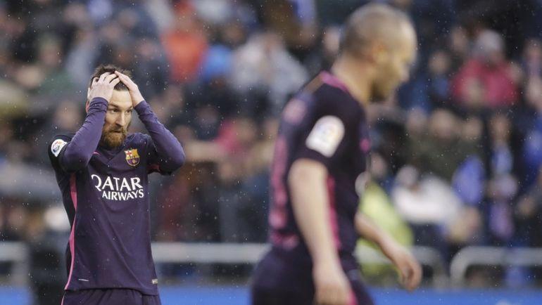 """Воскресенье. Ла-Корунья. """"Депортиво"""" - """"Барселона"""" - 2:1. На еще одну волевую победу Лионеля МЕССИ и партнеров не хватило. Фото Reuters"""