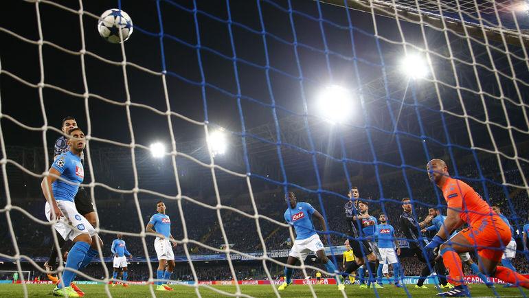 """7 марта. Неаполь. """"Наполи"""" - """"Реал"""" - 1:3. 52-я минута. СЕРХИО РАМОС сравнивает счет. Фото Reuters"""