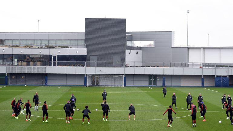 """Вчера. Манчестер. Тренировка """"Манчестер Сити"""" перед выездом в Монако. Фото AFP"""