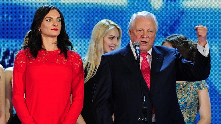 Елена ИСИНБАЕВА (слева) и Виталий СМИРНОВ. Фото Федор УСПЕНСКИЙ, «СЭ»