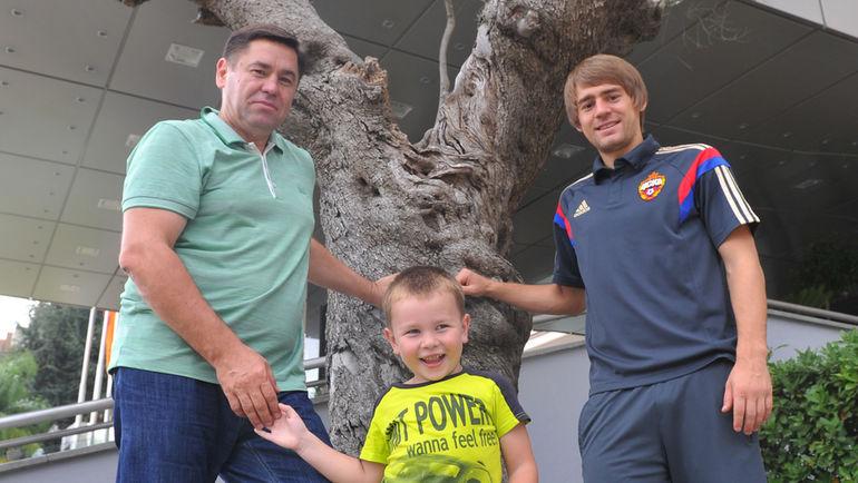 Виктор, Филипп и Кирилл ПАНЧЕНКО. Фото Александр ФЕДОРОВ, «СЭ»