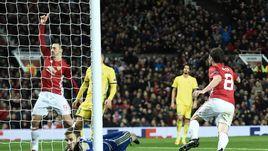 """Четверг. Манчестер. """"Манчестер Юнайтед"""" - """"Ростов"""" - 1:0. 70-я минута. Хуан МАТА празднует победный гол."""