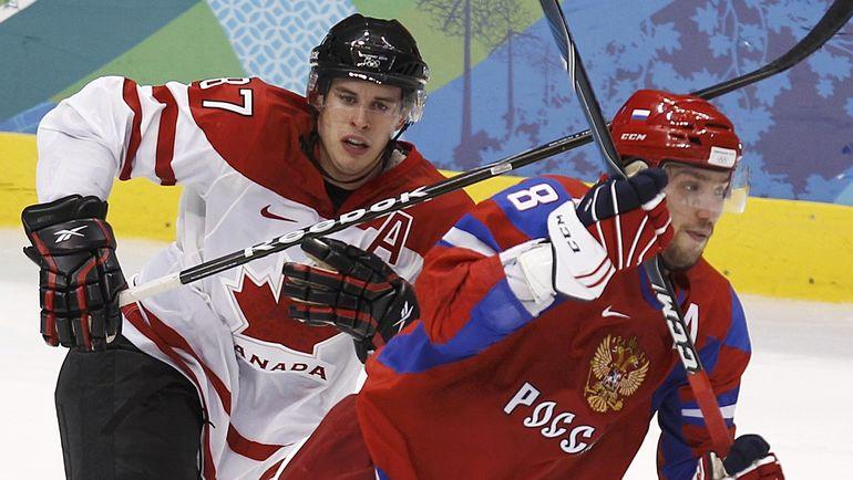 На данный момент шанс увидеть Александра ОВЕЧКИНА (справа) и Сидни КРОСБИ в новом олимпийском противостоянии близок к нулю. Фото Reuters