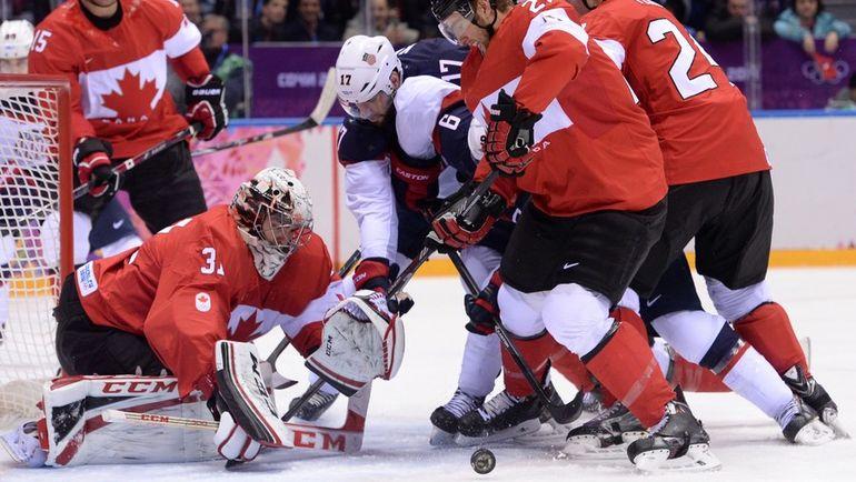 21 февраля 2014 года. Сочи. Канада - США - 1:0. Приедут ли вратарь Кэри ПРАЙС и другие суперзвезды НХЛ  в Корею, несмотря на жесткие заявления руководителей лиги, до сих пор не решено. Фото AFP