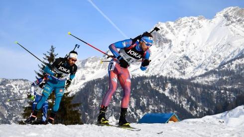 Каста стреляющих лыжников