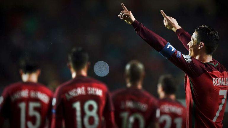 Суббота. Лиссабон. Португалия - Венгрия - 3:0. Криштиану РОНАЛДУ (№7) празднует забитый гол. Фото AFP