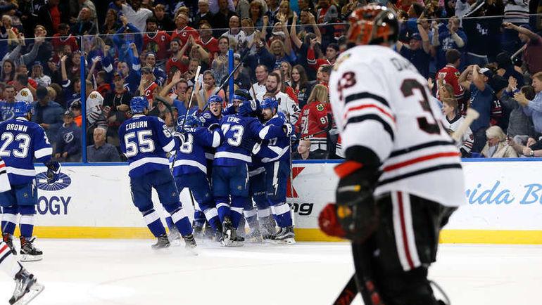 """Понедельник. Тампа. """"Тампа-Бэй"""" – """"Чикаго"""" – 5:4 ОТ. Игроки """"Молний"""" празднуют победный гол. Фото NHL.com"""
