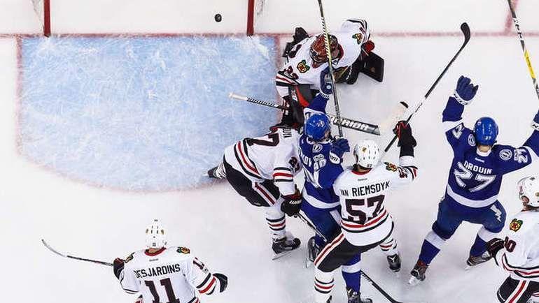 """Понедельник. Тампа. """"Тампа Бэй"""" - """"Чикаго"""" - 5:4 ОТ. Владислав НАМЕСТНИКОВ (№90). Фото NHL.com"""