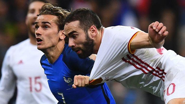 Вчера. Сен-Дени. Франция – Испания – 0:2. Антуан ГРИЗМАНН и Даниэль КАРВАХАЛЬ.