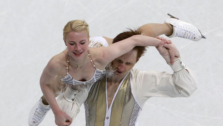Среда. Хельсинки. Евгения ТАРАСОВА и Владимир МОРОЗОВ. Фото Reuters