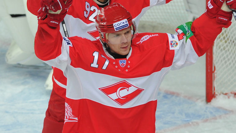 Николай БУШУЕВ (№17). Фото Александр ФЕДОРОВ, «СЭ»
