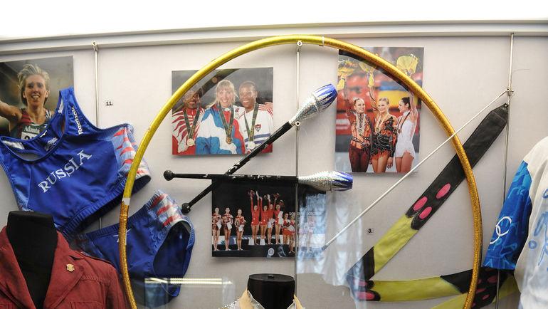 """...и личные вещи наших прославленных олимпийских чемпионов. Фото Алексей ИВАНОВ, """"СЭ"""""""