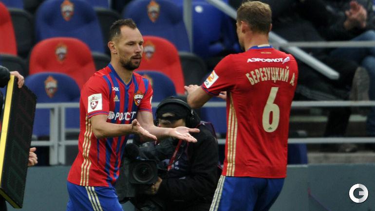 Сергей ИГНАШЕВИЧ (слева) и Алексей БЕРЕЗУЦКИЙ.