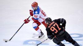 """Нападающий сборной России и """"Тампа-Бэй"""" Никита КУЧЕРОВ (№86) уже закончил заокеанский сезон."""