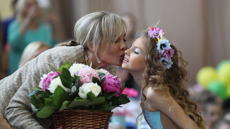 """Екатерина СИРОТИНА (слева) и воспитанница МУ СШОР """"Лидер"""" (Подольск) Ангелина ДМИТРИЕВА."""
