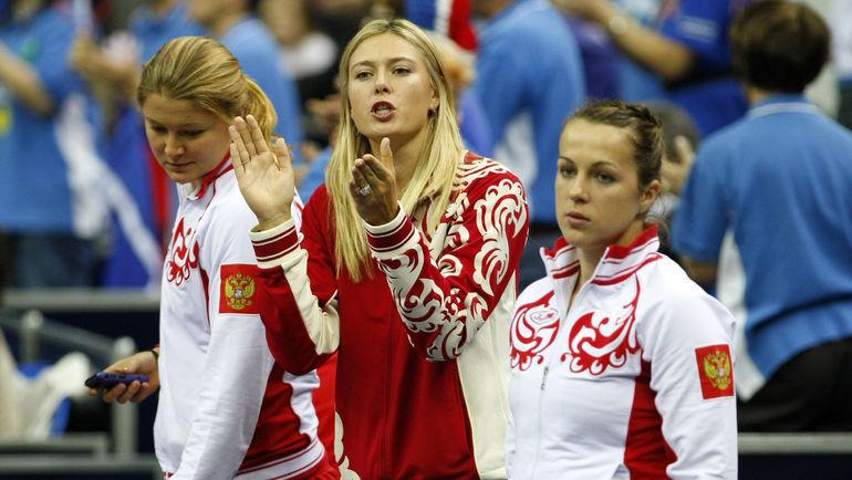 """Анастасия ПАВЛЮЧЕНКОВА (справа), Мария ШАРАПОВА (в центре) и Динара САФИНА. Фото Алексей ИВАНОВ, """"СЭ"""""""