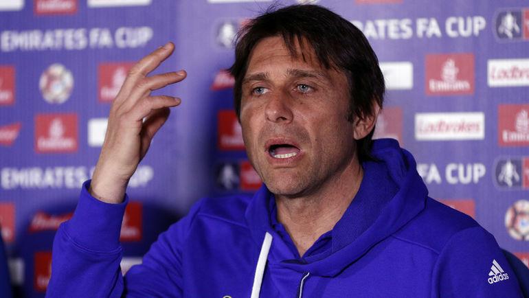 """Сможет ли главный тренер """"Челси"""" Антонио КОНТЕ настроить свою команду после поражения от """"Манчестер Юнайтед"""" в предыдущем туре? Фото AFP"""