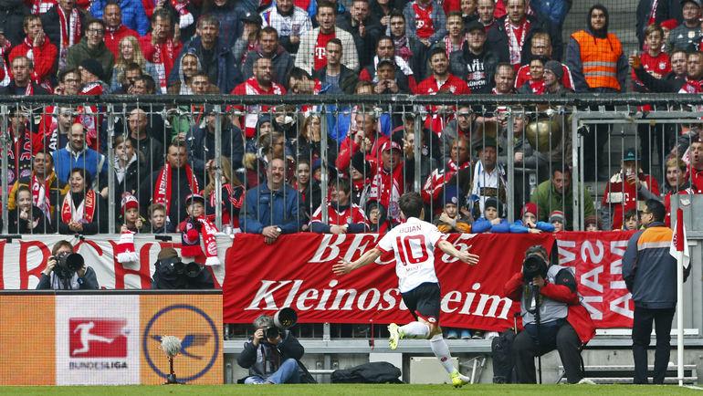 """Суббота. Мюнхен. """"Бавария"""" - """"Майнц"""" - 2:2. Боян КРКИЧ празднует гол в ворота """"Баварии"""". Фото Reuters"""