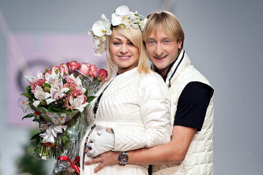 Молодая русская пара примеряет трусы фото 395-390