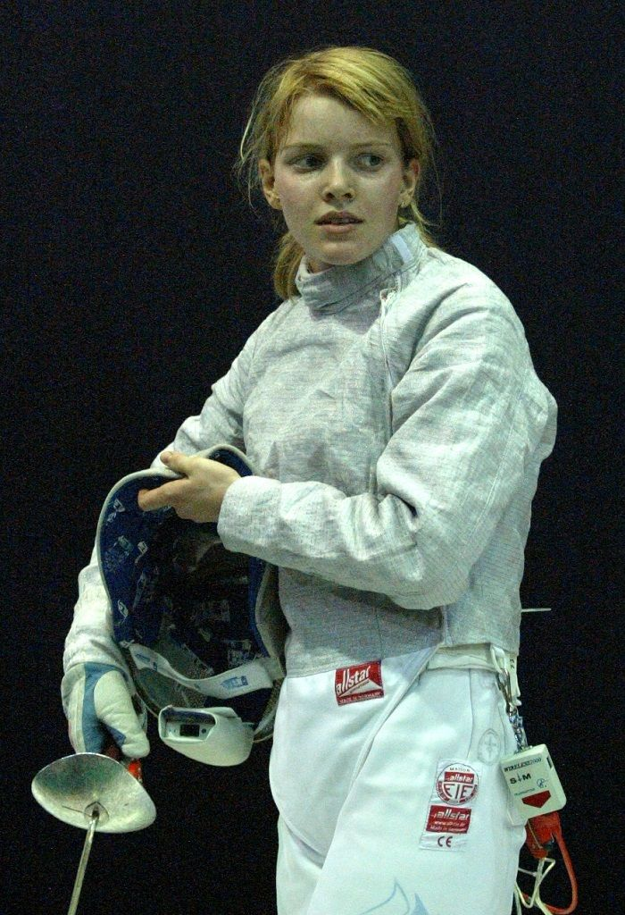екатерина дьяченко фехтование фото капота автомобиля